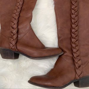 Comfy Kenneth Cole brown unlisted fall boots